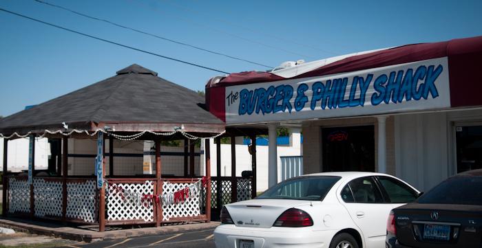 burger_philly_shack_ft_worth.jpg